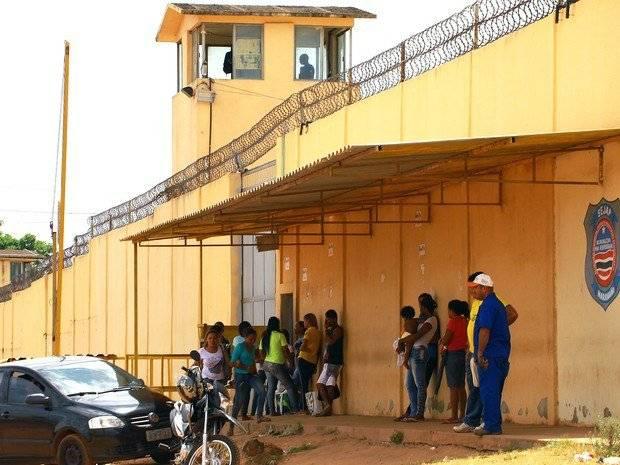 Photo of 664 presos são beneficiados com saída temporária do dia dos Pais