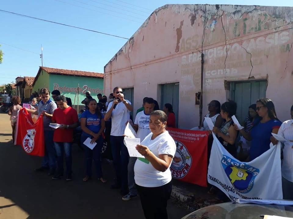 Photo of Professores de Graça Aranha (MA) iniciaram greve com ato público no último domingo (02)