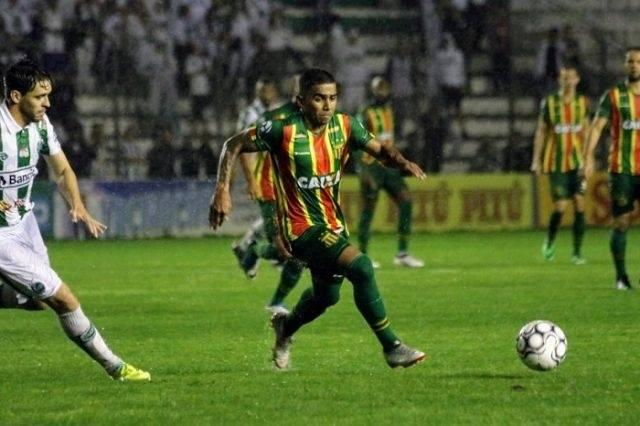Photo of Sampaio perde para o Juventude e segue na zona de rebaixamento