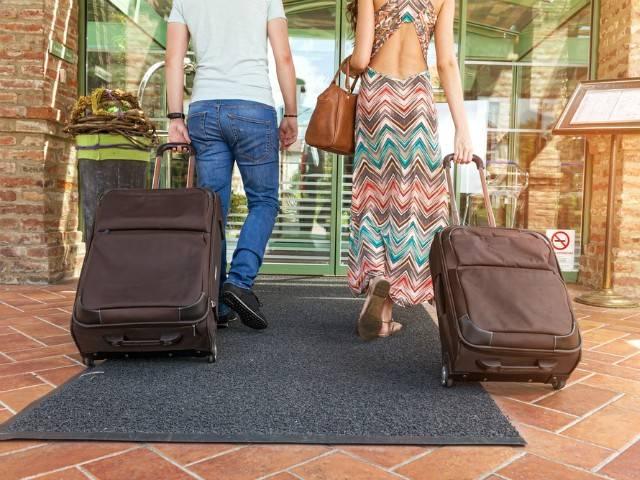 Photo of Vai viajar nas férias? Lembre-se de manter a vacinação em dia