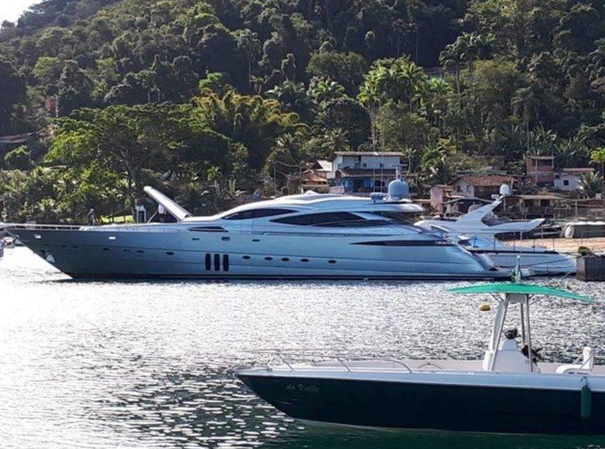 Photo of Iate de luxo de Eike Batista é vendido em leilão por R$ 14,4 milhões