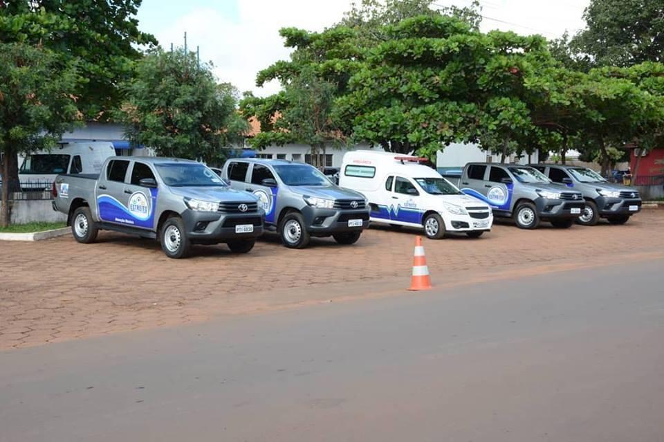 Photo of Prefeitura de Estreito entrega novos veículos e reforça a frota da Secretaria de Saúde