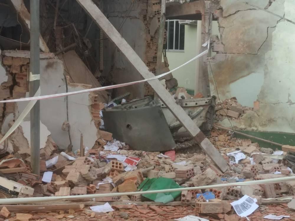 Photo of Bandidos explodem agência bancária e aterroriza população em Nova Olinda