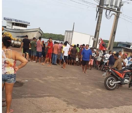 Photo of Homem é morto pela PM após assassinar jovem a golpes de facão em Carutapera