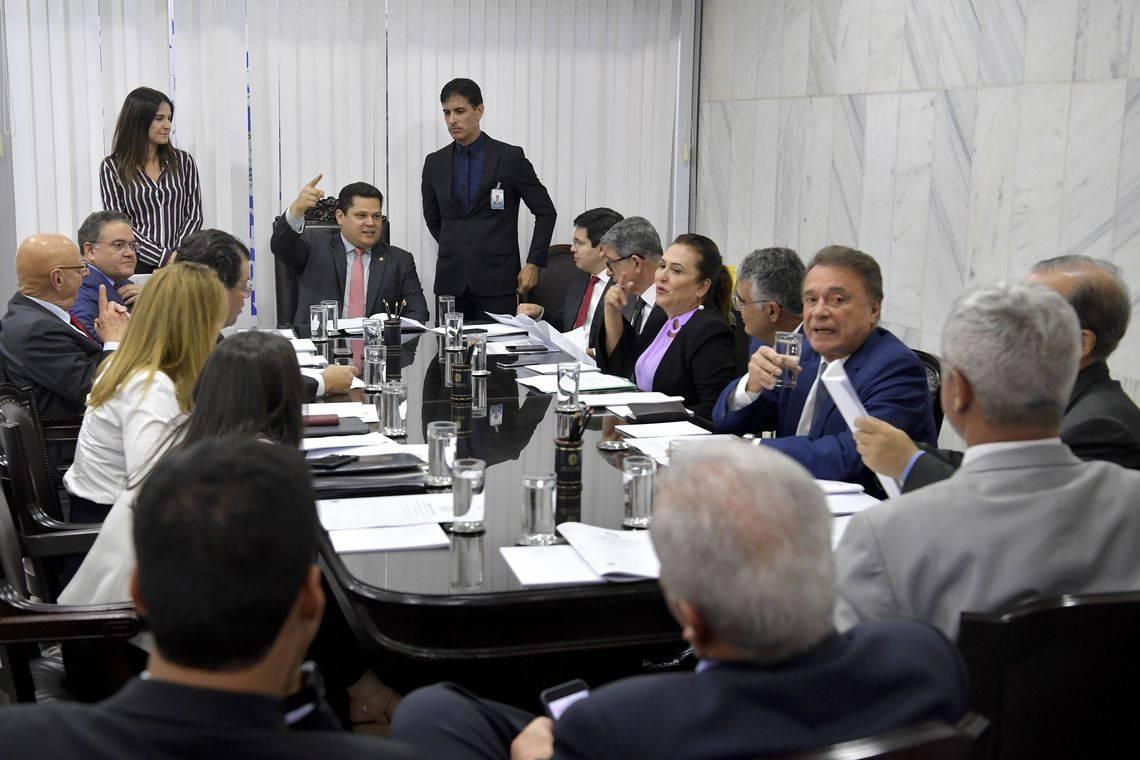 Photo of Senado deve concluir votação da reforma da Previdência em 2 de outubro