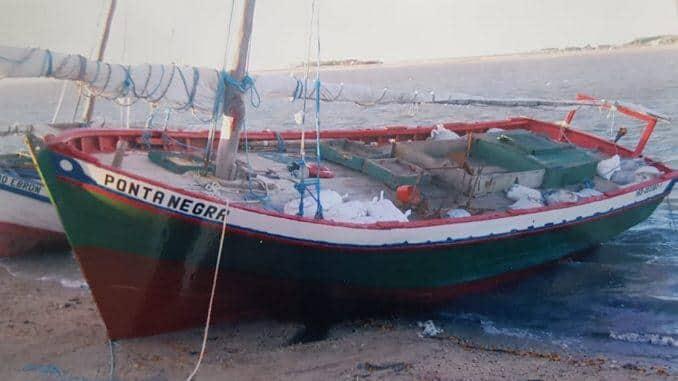 Photo of Embarcação do Ceará naufraga no Maranhão; oito pescadores são resgatados