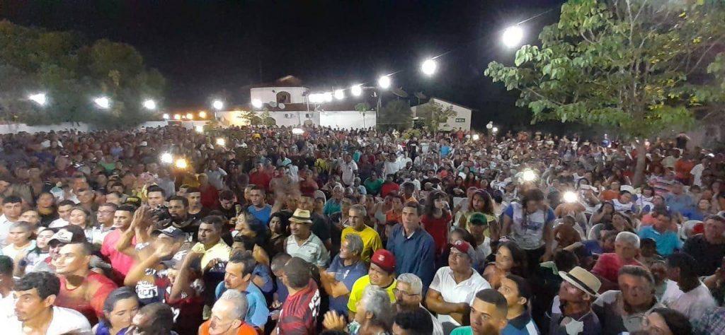 Photo of Maura Jorge é recebida por multidão em Lago da Pedra e se fortalece para 2020