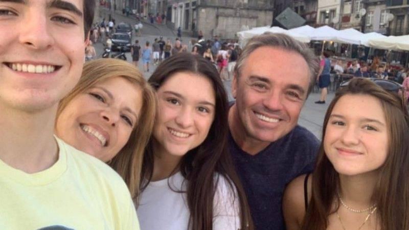 Photo of Viúva de Gugu, Rose Miriam vai à Justiça por herança do apresentador
