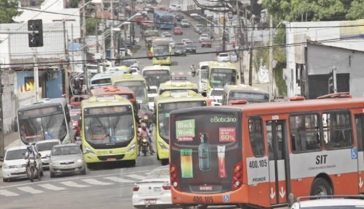 Photo of Empresas de ônibus são notificadas e tem 48 horas para adequar frota em São Luís