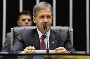 Deputado Aluísio Mendes do Maranhão testa positivo para o novo coronavírus