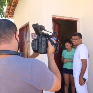 População pede que prefeito que usa salário para construir casas populares seja candidato ao Governo do MA