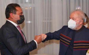 Lula janta com senador Weverton, do PDT, e praticamente sela aliança entre ele e o PT