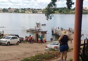 TRAGÉDIA: veículo cai de balsa no Rio Tocantins e motorista morre afogado; veja o video